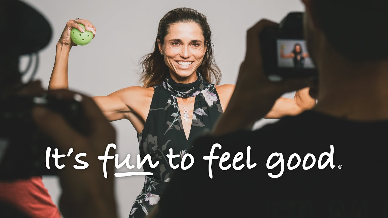 Simone Jardim | It's Fun to Feel Good