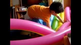 和小朋友玩球 - 3歲7個月~