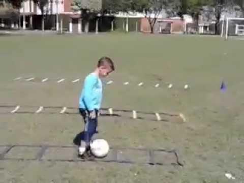 Trabalho de iniciação esportiva - futebol parte 1 - YouTube c404e194b7605