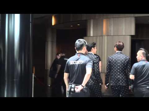 150210 TVXQ Shilla Event - Return to hotel