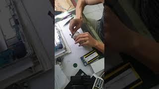 Chế pin 10.000 dự phòng vào máy tính bảng dùng siêu trâu
