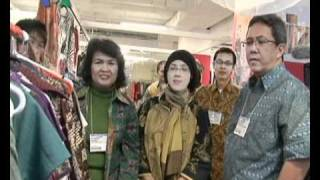 Pameran Batik di Chicago - Dunia Kita 3 Desember 2010