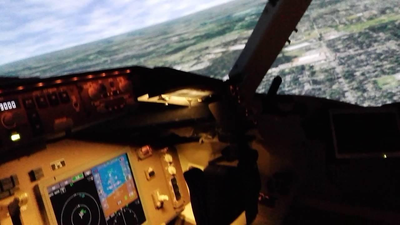 Boeing 767-300 Full Flight Simulator