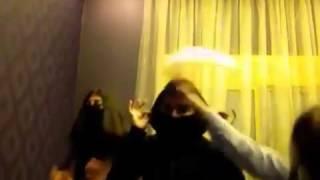 بنات سعوديات خبلات يرقصون مع اخوهم كيك keek عرب ايدول