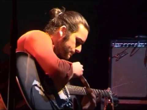 Denis Locar Songs  27/02/04  Bagnolet, l'Echangeur