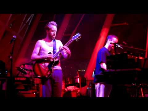 Hot Chip - Hand Me Down Your Love (live in Singapore 2012) mp3