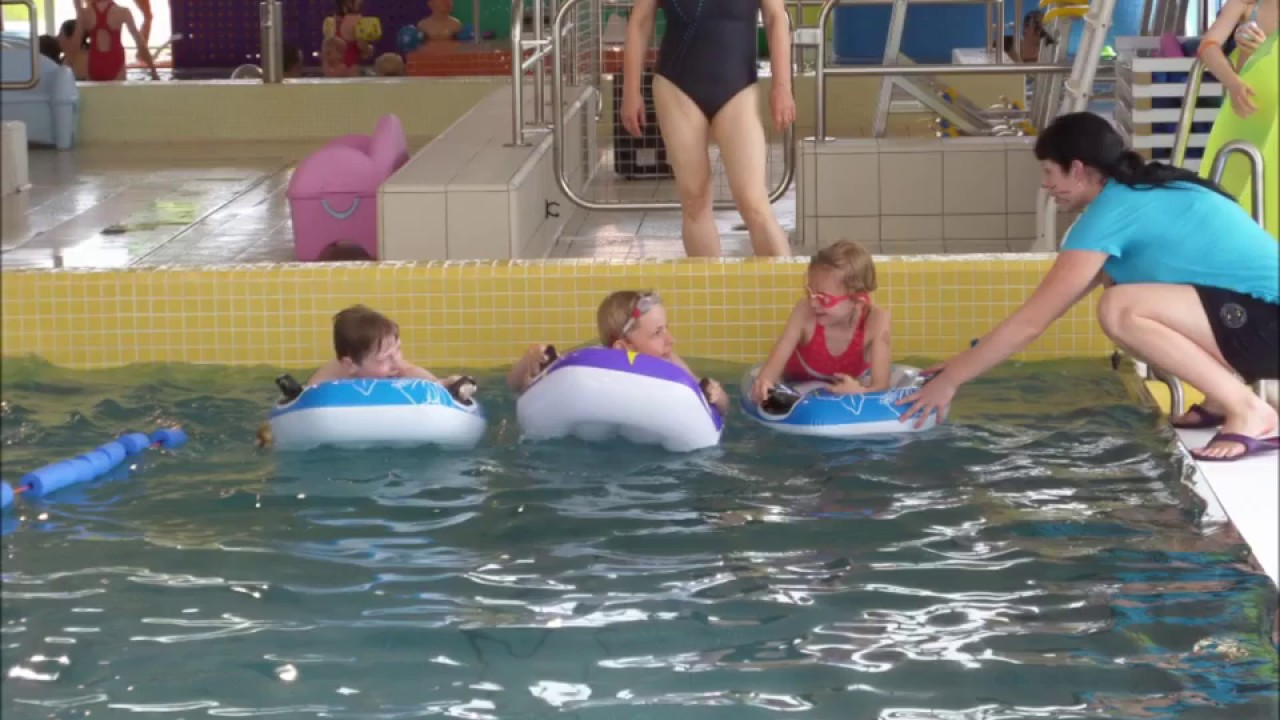 Piscine Des Weppes Paques Party Youtube