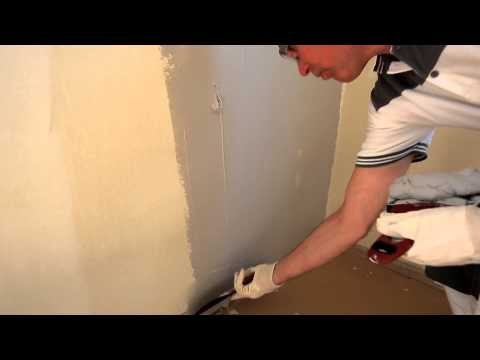 spackling-an-uneven-wall----step-by-step
