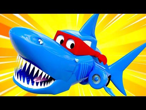 SHARK Week - Super Truck Turns into a Shark Truck to Make a Movie  Carl the Super Truck -