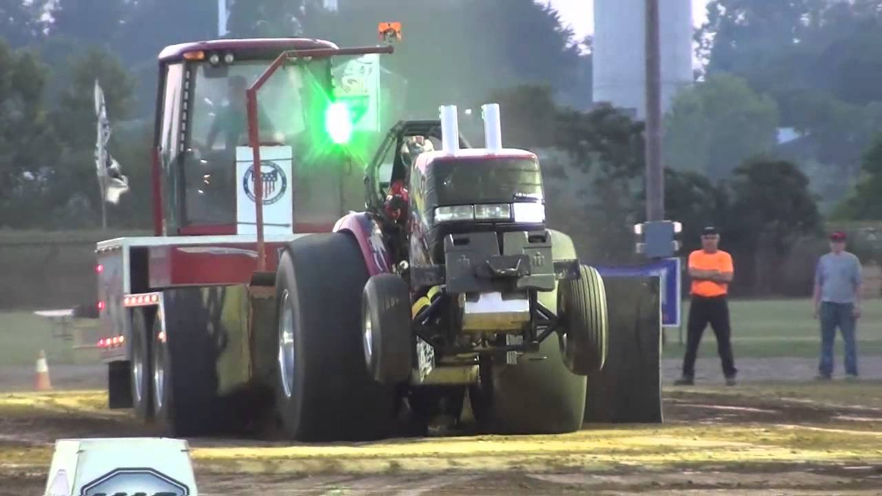 OSTPA 2014: Super Stock Tractor Pulling at Springfield, OH