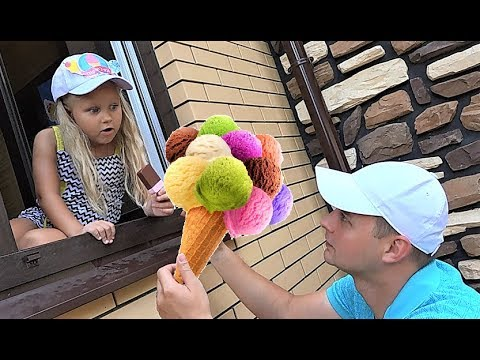 Alice selling Pretend play plastic ice cream