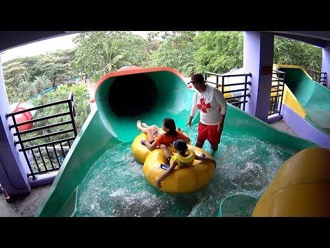 Big Bam Water Slide at Splash Island
