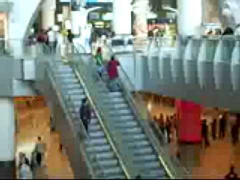 Inside Kuwait Airport Departures.wmv