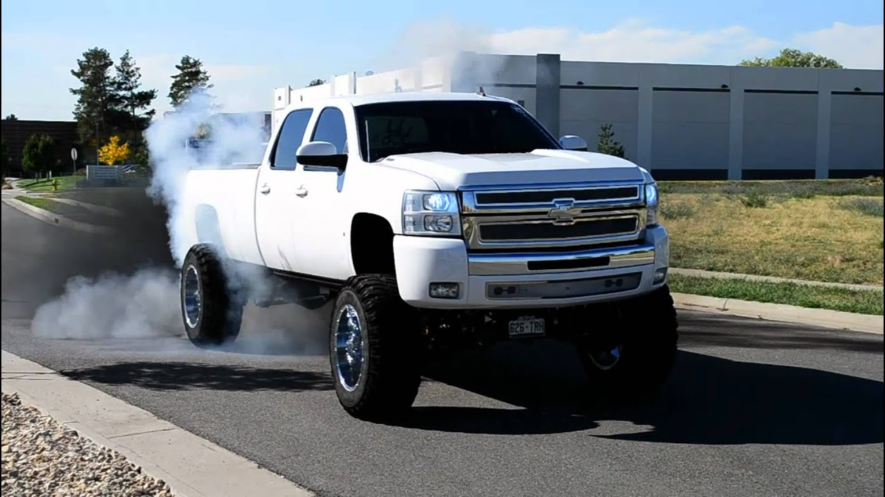 "Compound Turbo 08 LMM Chevy roasting 40"" tires - YouTube"