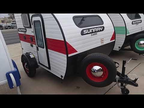 WANT A SMALL TRAVEL TRAILER? WATCH THIS...