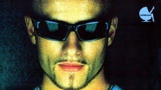 "Funkstar De Luxe  vs. Terry Maxx - ""Walkin In The Name"""
