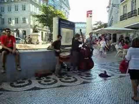 Discovering Bairro Alto in Lisbon 2013