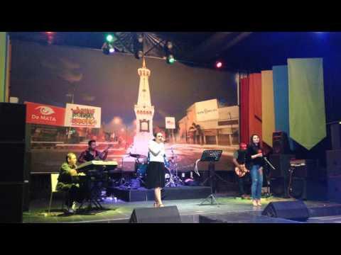Sungguh - Vina Panduwinata (cover by Swarna Band)