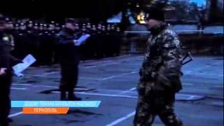 Смотреть видео Із зони АТО повернулись бійці батальйону