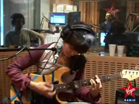 The Do - On My Shoulders (Live Virgin Radio)