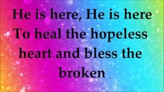 Martha Munizzi - God is Here - Lyrics