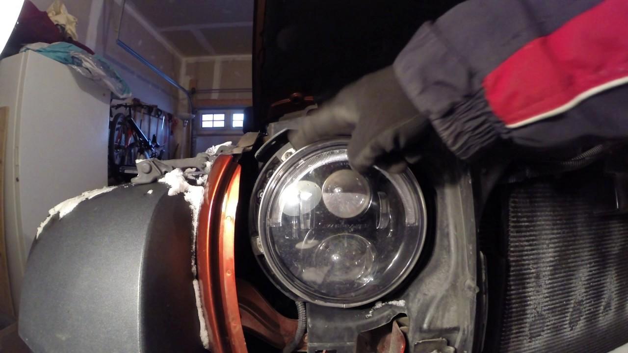 Horizontal amp Vertical Headlight Adjustment on my Jeep