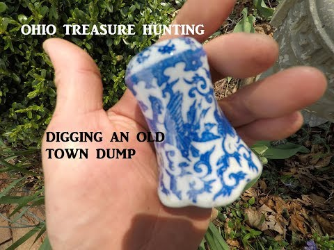 Ohio Treasure Hunting Dump Digging Jumbo Peanut Butter Jar