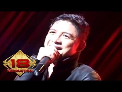 Ungu - Bayang Semu (Live Konser Palembang 2014)