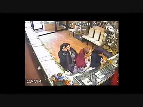 Marea Britanie: Un furt comis de trei romance intr-un magazin de bijuterii