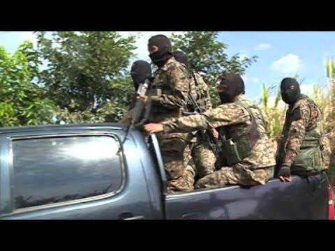 El Salvador: One death per hour
