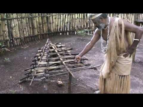 Vanuatu Esum multi cultural village 瓦努阿圖原住民文化村 - Animal trapping