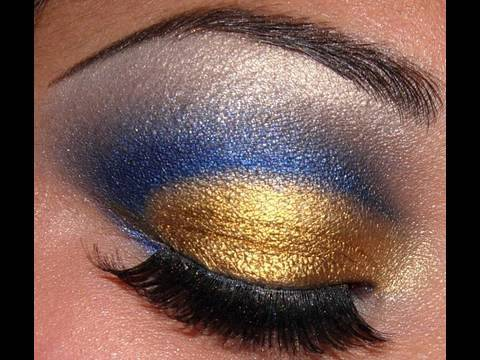 How To Create A Blue Gold Cut Crease Eye Makeup Look