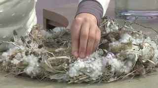 Dekorationsideen für den Fachhandel: Weihnachtsstern-Strauß mit Winterkranz