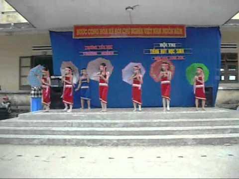 Múa Đi học