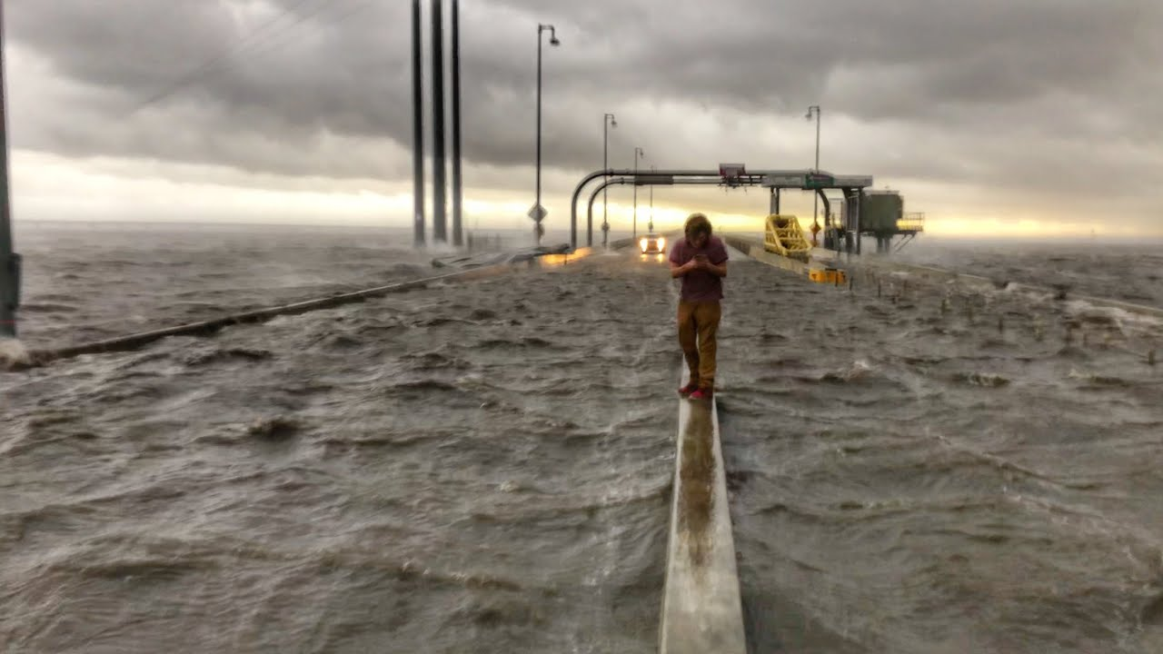 4K RAW Hurricane Zeta Intercept, Major Storm Surge - Human Storm Probe