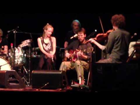 "Blake Mills with Fiona Apple, ""Seven"", Seattle, WA 09.23.14"