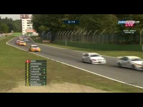 WTCC Imola 2009 - Great move by Yvan Muller