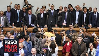 In Venezuela, dueling parliaments cast political crisis into further chaos