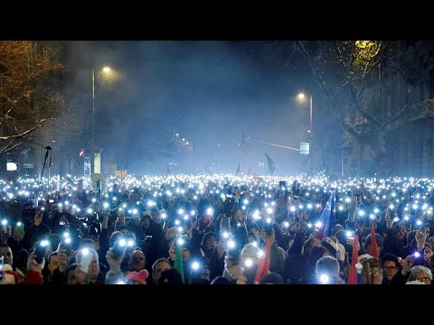 "Hungarians protest against ""slave law"""