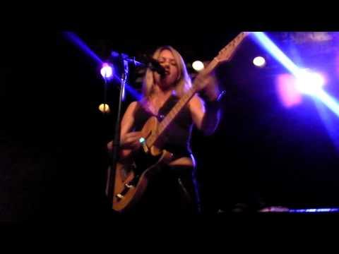 Liz Phair Live - Funstyle Tour 2011