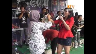 Download Mabok Tuak  LIVE SHOW Nirwana Mandala Voc: Susy Arzetty MP3 song and Music Video