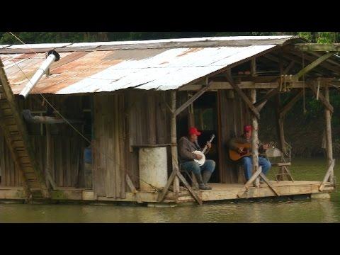 Ten Seconds Hillbillys in a Homemade Houseboat