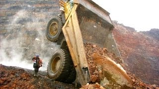 Repeat youtube video Heavy machinery accidents, mishaps and other interesting mining photos