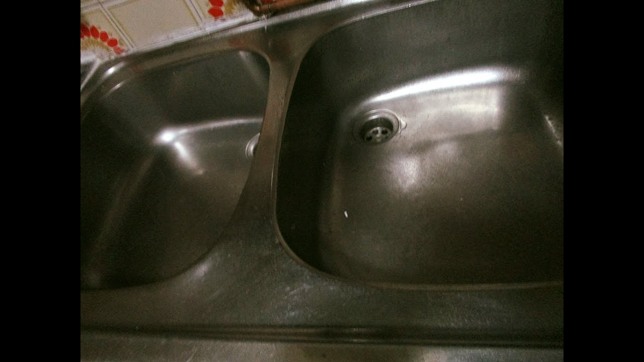 Como quitar la cal agua o sarro de los lavaderos de cocina youtube - Quitar cal del agua ...