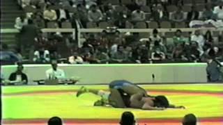 1986 Senior World Championships: 74 kg Leonz Kueng (SUI) vs. Istvan Gulyas (HUN)