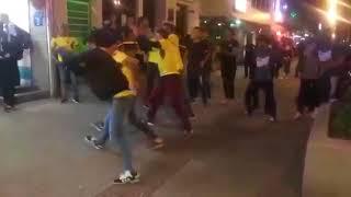 Venezolanos bailando en Medellin Colombia arriba venezuela