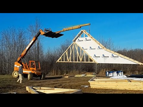 Install Trusses On A New House Project Youtube