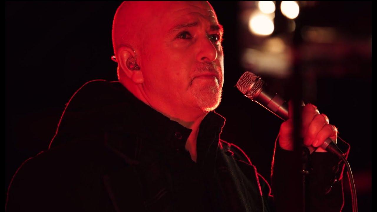 Peter Gabriel - Heroes (Live in Verona 2010) - YouTube