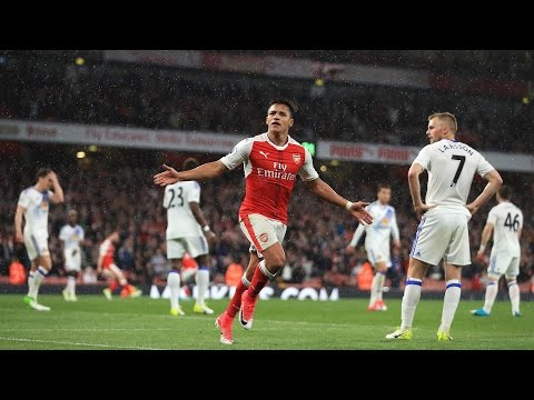 Alexis Sanchez leads Arsenal past Sunderland