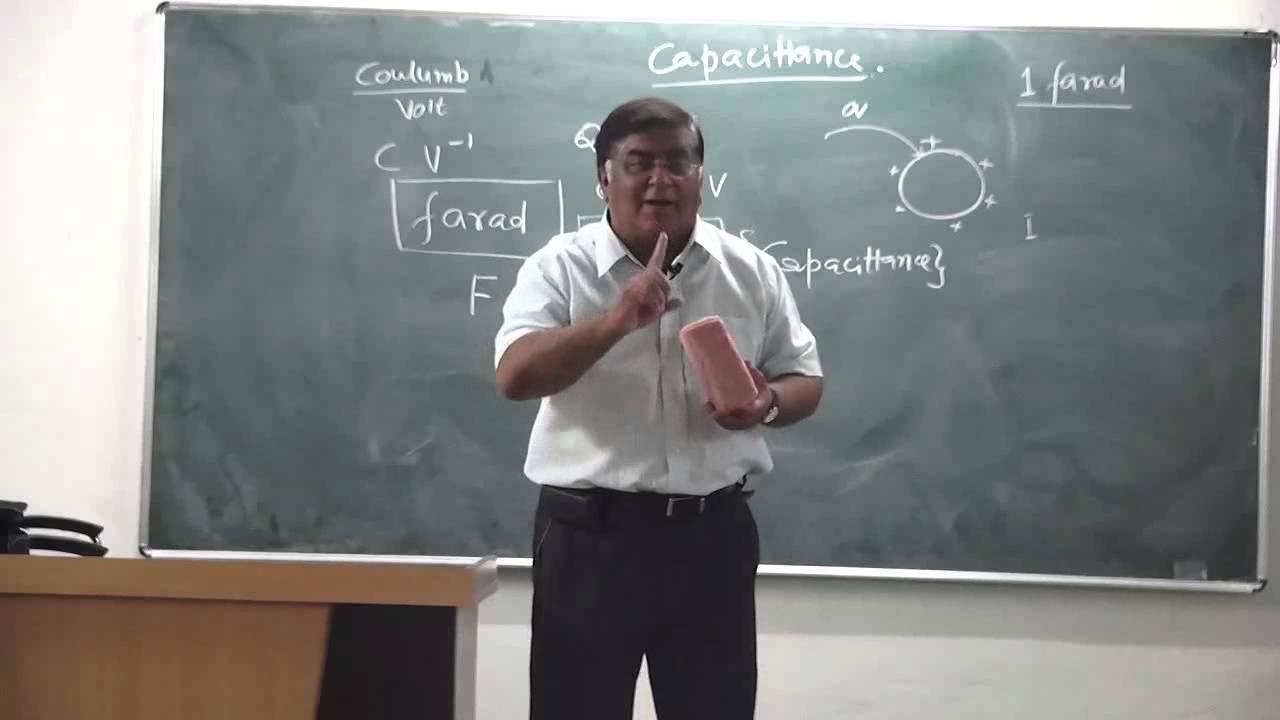 Xii 1 20 capacitance intro part 1 physics pradeep kshetrapal 2014 mp4